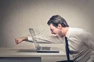 Mẹo cấp cứu bàn phím laptop khi bị kẹt phím, loạn phím